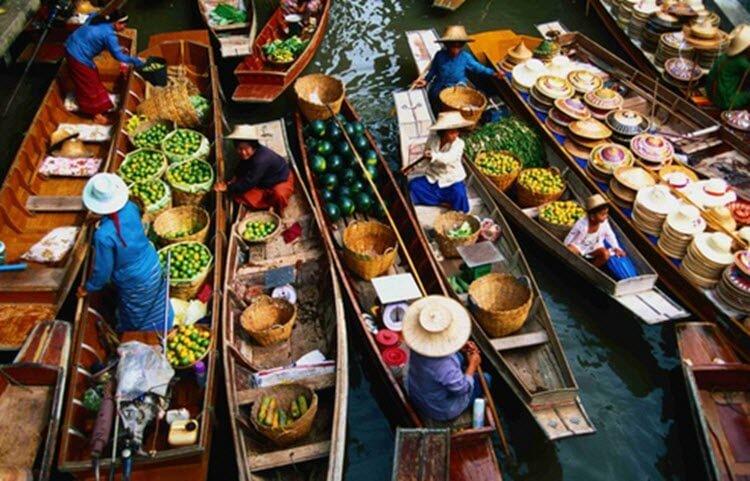 floating markets الاسواق العائمة